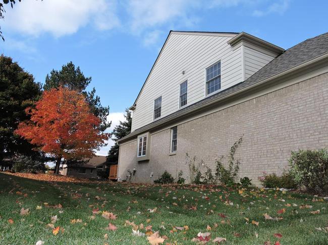 Country Club Village Condos Northville MI